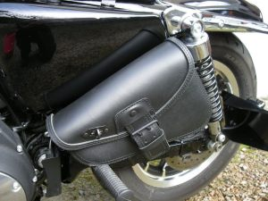 Sacoches Myleatherbikes Harley Sportster Forty Eight (24)